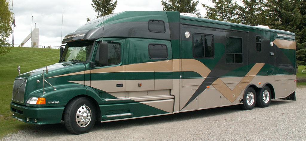 Custom Ultra Motor Homes By Powerhouse Coach