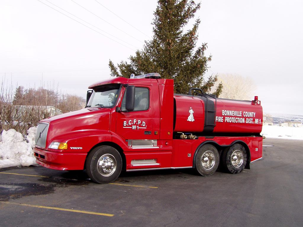 The production cost for this 3400 gallon tanker truck was 90 000 00