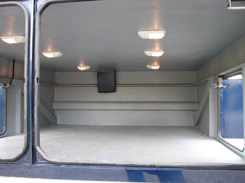 Bay also has two side doors for easy loading